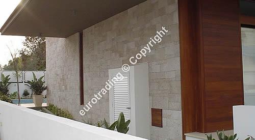 steinfassade aus kunststein. Black Bedroom Furniture Sets. Home Design Ideas